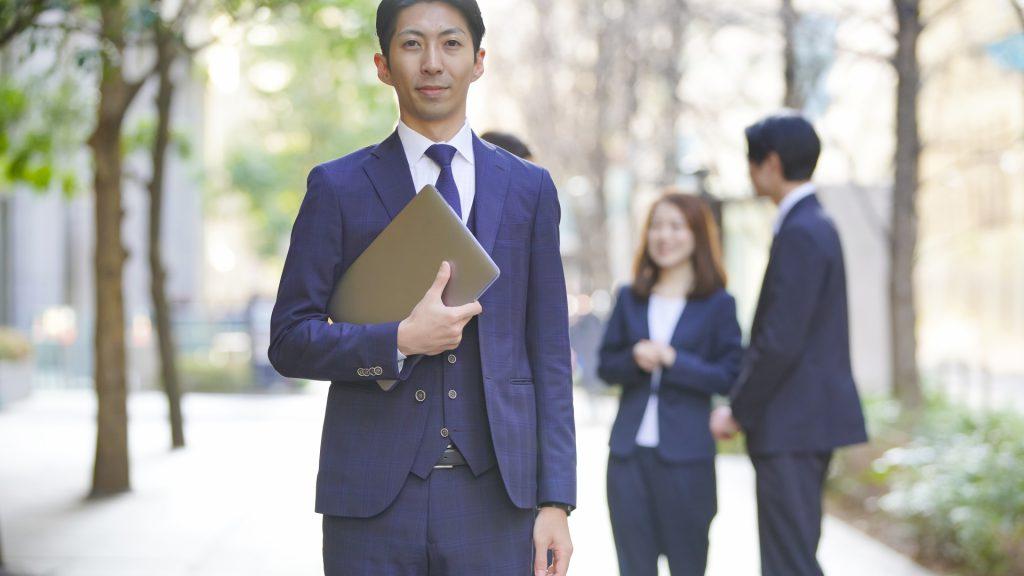 海外にはない日本の終身雇用制度