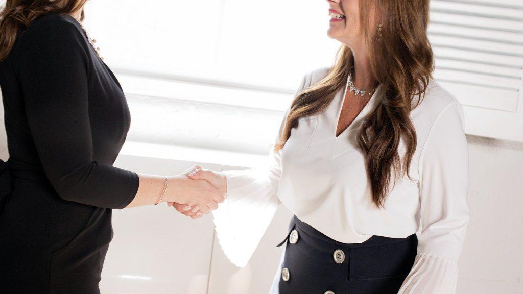 【日系企業から外資系企業への転職】外資系企業の面接での服装のポイント